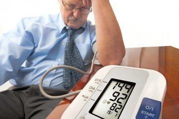 Ingadozó vérnyomás? Demenciánál még veszélyesebb