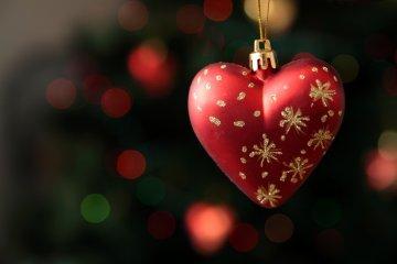Miért gyakoribbak a szívproblémák az ünnepek alatt?