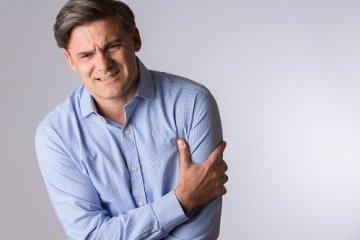 Mellkasi fájdalom: hosszabb vagy rövidebb 20 percnél?
