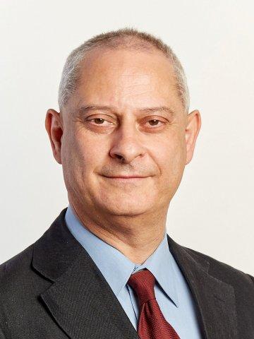 Professzor Dr. Holló Gábor