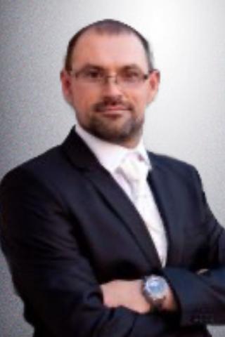 dr. Nyéky Tamás
