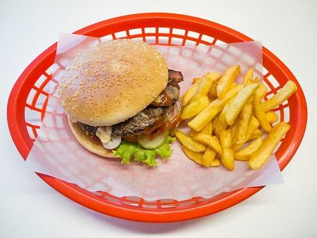 A magas koleszterinszint életmód orvoslás segítségével is csökkenthető.