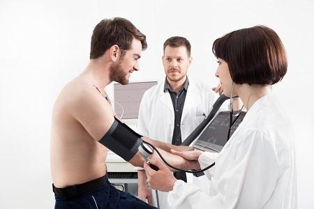 Hobbisportolóknak is fontos a kardiológiai kivizsgálás szív-érrendszeri problémánál.